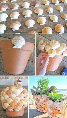 Scallop Sea Shell Terra Cotta Pots – Diy and Crafts Seashell Art, Seashell Crafts, Beach Crafts, Seashell Projects, Shell Decorations, Clay Pot Crafts, Diy Shops, Creation Deco, Scallop Shells
