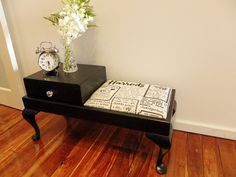 I want to makeover a telephone table! Repurposed Furniture, Vintage Furniture, Cool Furniture, Painted Furniture, Refinished Furniture, Furniture Projects, Furniture Makeover, Diy Projects, Diy Home Crafts