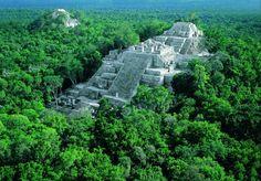 Un Lugar fascinante, es impresionante oir los sonidos de la selva. Para mi un lugar esencial que visitar en México.