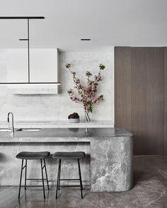 NNH Residence by Mim Design - Australian Interior Design Awards Kitchen Design Color, Contemporary Kitchen, Kitchen Decor Trends, Interior Design Awards, Elegant Kitchens, Kitchen Interior, Interior Design Kitchen, Modern Kitchen Design, Stone Kitchen
