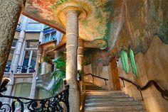 Interior de La Pedrera o Casa Milà, d'Antoni Gaudí. Barcelona (Catalonia)