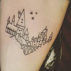 """Captioned with """"Hogwarts is my home"""" Ohana Tattoo, Hp Tattoo, Tattoo Outline, Piercing Tattoo, Piercings, Tiny Tattoo, Tattoo Flash, Hedwig Tattoo, Pretty Tattoos"""