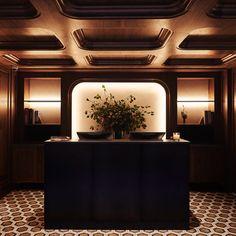 Button Factory, Architecture Restaurant, Interior Architecture, Lobby Reception, Reception Desks, Reception Areas, Marble Subway Tiles, Herringbone Wood Floor, Chelsea Hotel