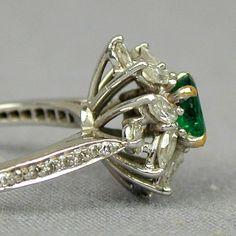 Vintage Tiffany Co. Emerald Diamonds Platinum Ring