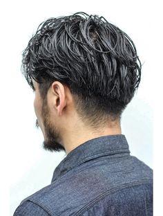 Mens Haircuts Thick Hair, Classic Mens Hairstyles, Mens Hairstyles Fade, Curly Hair Men, Haircuts For Men, Hair And Beard Styles, Curly Hair Styles, Korean Men Hairstyle, Asian Haircut