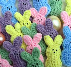 Hey, I found this really awesome Etsy listing at https://www.etsy.com/pt/listing/124876703/5-bunny-peeps-crocheted-5-different
