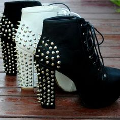 Stylish Black Rivets Chunky Heels Black Boots- I actually used to have these for like a day and then my mom made me return them to the store but I did feel like a total badass when I tried them on... just saying