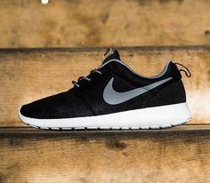 best service cc38d de6d7 Nike Roshe Run – Black   Cool Grey – White