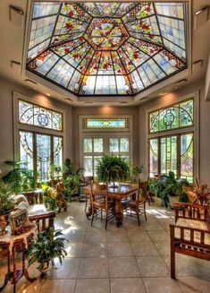 40 Glass Ceiling Design and Ideas - The ceiling doesnt appear breakable. Truly, theres no glass ceiling when you look right through it. A glass ceiling is truly a set of stereotypes wh. by Joey Dome Ceiling, Glass Ceiling, Solarium Room, Interior Architecture, Interior And Exterior, Interior Garden, Future House, My House, Home Design