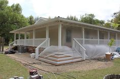 Manufactured home living mobile home deck, mobi Mobile Home Renovations, Mobile Home Makeovers, Remodeling Mobile Homes, Home Remodeling, House Renovations, Bathroom Remodeling, Kitchen Makeovers, Mobile Home Porch, Mobile Home Living