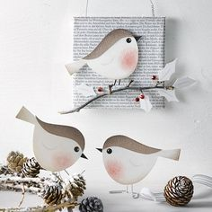 Pia Pedevilla Bird Crafts, Easter Crafts, Fun Crafts, Diy And Crafts, Crafts For Kids, Arts And Crafts, Paper Birds, Paper Flowers, Winter Art Projects