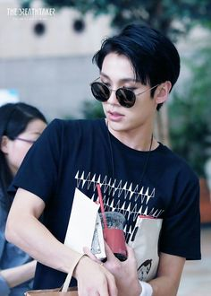 Find images and videos about kpop, asian and wow on We Heart It - the app to get lost in what you love. Sungjae Btob, Im Hyunsik, Minhyuk, Korean Star, Korean Men, Rapper, Like A Mom, Kpop Fashion, Most Beautiful Man
