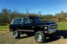 Chevy Enthusiast Handpick this Trucks Model Year as their Top 67 72 Chevy Truck, Chevy 4x4, Classic Chevy Trucks, Lifted Ford Trucks, Gm Trucks, Chevrolet Trucks, Cool Trucks, Pickup Trucks, Lifted Chevy