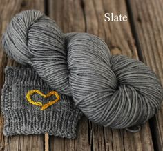 A cool grey perfect for striping with other colours.