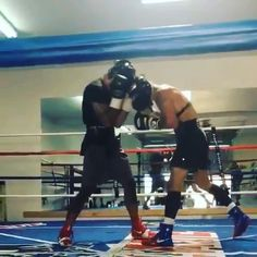 The home of quality Boxing & MMA Equipment based in Liverpool, U. Boxercise Workout, Boxing Training Workout, Boxer Workout, Gym Workout Chart, Gym Workout Videos, Kickboxing Workout, Mixed Martial Arts Training, Martial Arts Workout, Boxing Techniques