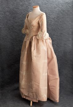 Centennial bustle ball gown, ca. 1876