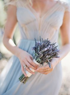 Elegant Outdoor Wedding in Kenwood, California - Lavender Bouquet Lavender Bridesmaid, Lavender Bouquet, Lavander, Bridesmaid Dress, Bridesmaids, Wedding Photographie, Wedding Bouquets, Wedding Flowers, Wedding Dress