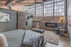 Contemporary Loft in Atlanta [990 x 660]