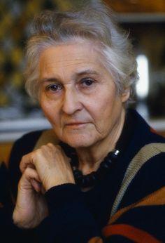 Francoise Dolto, toujours si belle, si sage, si inspirante, si douce, si tendre et si décidée!