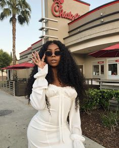 Lace Frontal Wigs Curly Hairstyles For Black Women Very Short Curly Hairstyles 2018 Best Women Curly Wigs Hair Wig Curly Wigs, Short Curly Hair, Human Hair Wigs, Curly Hair Styles, Natural Hair Styles, Beautiful Black Women, Amazing Women, Afro, Playsuit