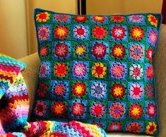 Crochet sunny flower cushion