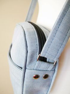 how to sew a sport bag with zipper, crossbody bag pattern and tutorial