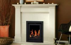 Visit Hearth & Home Ireland for Stoves, Modern, Wood Burning and Traditional Selection of Stoves Insert Stove, Stove Fireplace, Fireplace Ideas, Solid Fuel Stove, Hearth And Home, Gas Fires, Home Reno, Built Ins, New Homes
