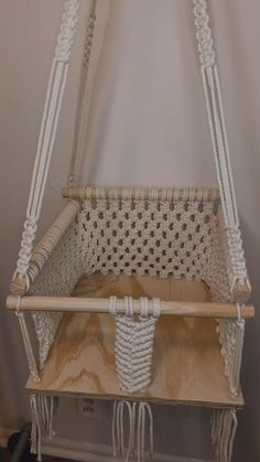 Hanging Crib, Macrame Hanging Chair, Macrame Wall Hanger, Macrame Chairs, Baby Hammock, Baby Swings, Micro Macramé, Macrame Design, Macrame Projects