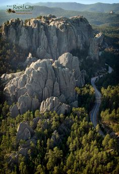 Needles Highway/ Highway 87 near Custer, South Dakota and Custer State Park. It does require a Custer State Park pass to drive through but going through Custer State Park is worth it too! Utah, Wyoming, Nebraska, Oregon, Places To Travel, Places To See, Alaska, Missouri, Puerto Rico