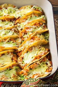 These Easy Rotisserie Chicken Tacos are a quick and delicious weeknight meal, and a great way to feed a crowd at your next game day party. chicken recipes Easy Rotisserie Chicken Tacos - A Family Feast® Fried Chicken Taco, Rotisserie Chicken Tacos, Easy Chicken Tacos, Healthy Rotisserie Chicken Recipes, Roast Chicken, Chicken Taco Recipes, Rotisserie Chicken Leftovers, Recipes With Shredded Chicken, Cooked Chicken Recipes Leftovers