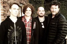 SOUNDGARDEN, PEARL JAM Members Launch New Project Called TEN COMMANDOS