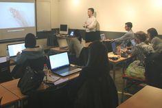 Alumnos del Máster en Comunicación Multimedia 2015/16  con el profesor Álvaro Varona