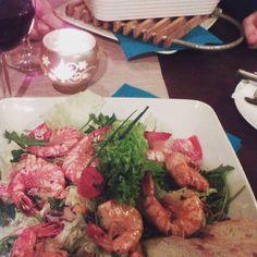 Óriás garnéla salátaágyon & Penne con pollo e spinoci panna