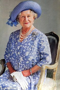 Queen Mother (8/4/1900 - 3/30/2002) Elizabeth Angela Marguerite Bowes-Lyon was the queen consort of King George VI from 1936 until his death in 1952, after which she was known as Queen Elizabeth The Queen Mother, to avoid confusion with her daughter, Queen Elizabeth II. |Pinned from PinTo for iPad|