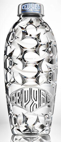 TRIDIMAGE PACKNEWS | Blog con las novedades mundiales del diseño de packaging: Las 5 mejores Botellas de Agua del 2011. PET