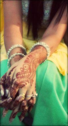Capture of #Mehndi #Art #IndianFestival #Karwachauth