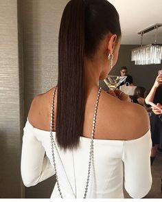Thandie Newton's Necklace Draped Down Her Back. Wearing Harry Winston jewels.