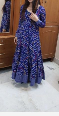 Fashion Ideas Night Out Women fashion brand - Indian fashion Salwar Designs, Kurta Designs Women, Kurti Designs Party Wear, Indian Designer Outfits, Indian Outfits, Designer Dresses, Bandhani Dress, Saree Dress, Anarkali Gown