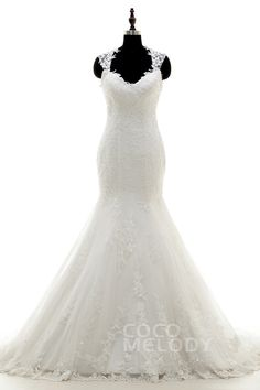 Romantic+Queen+Anne+Dropped+Train+Tulle+Ivory+Sleeveless+Wedding+Dress+with+Appliques+LWST15007