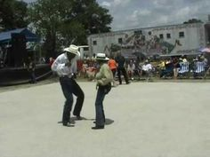 Zydeco dance at Crawfish Festival 2009 (Part 1)....learn about New Orleans style!!!