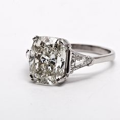 Estate 5.60cts Cushion Diamond Platinum Engagement Ring