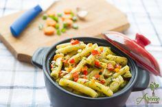 Fasole pastai cu usturoi si marar Pasta Salad, Martha Stewart, Ethnic Recipes, Food, Romania, Salads, Meal, Essen, Cold Noodle Salads