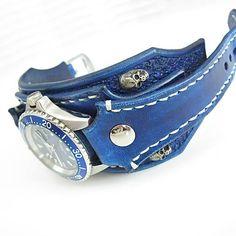 leon / Rockové quartz hodinky modré, kožený náramok lebka