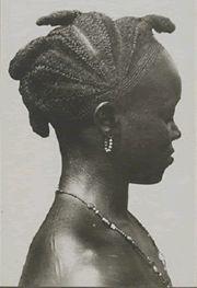 Anciennes coiffures africaines en pays Wé