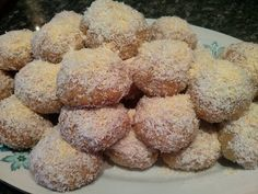 Greek Sweets, Greek Desserts, Greek Recipes, Desert Recipes, Vegan Desserts, Vegan Meals, Greek Cake, Greek Cookies, Christmas Deserts