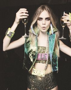 Glitter, beauty and wine