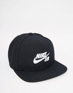 9 meilleures images du tableau casquette nike   Cap d agde, Caps ... 909a71be3c6