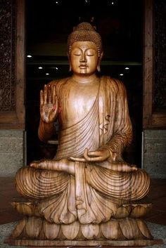BUDDHAS TEACHINGS ARE OF INFINITE LOVE AND KINDNESS FOR ALL BEINGS,OF FORGIVENESS FOR OUR ENEMIES,COMPASSION AND PEACE WHEREVER WE GO.WHAT A NOBLE SCRIPTURE.NAMASTE.
