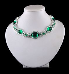 Princess Diana Emerald Choker - The choker is known as Disco Di. This was an art-deco choker which was left to the Queen but she never wore it. In 1981 she took it out of storage and gave it to the Princess of Wales as a wedding gift.