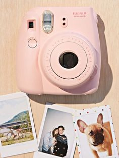 Fujifilm Instax Mini 8 Camera in pink € 122 - verkrijgbaar via urbanoutfitters.com| ELLE
